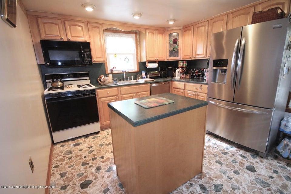Single Family - Detached 27 Raymond Place   Staten Island, NY 10310, MLS-1111746-7