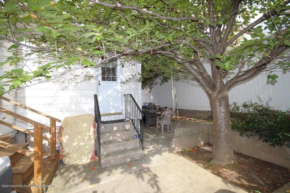 Single Family - Detached 27 Raymond Place   Staten Island, NY 10310, MLS-1111746-19
