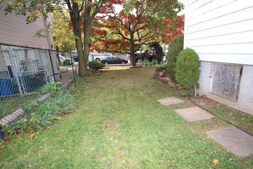 Single Family - Detached 27 Raymond Place   Staten Island, NY 10310, MLS-1111746-21