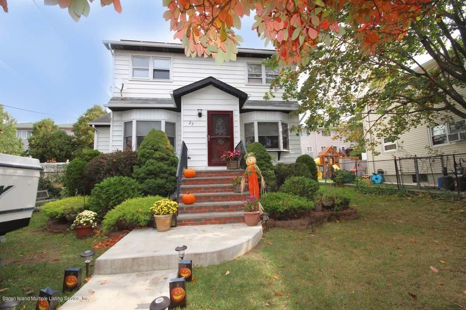 Single Family - Detached 27 Raymond Place   Staten Island, NY 10310, MLS-1111746-23