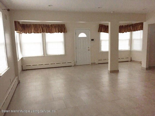 Additional photo for property listing at 3948 Hylan Boulevard  Staten Island, New York 10308 United States