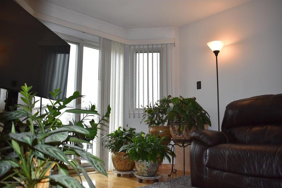 Single Family - Semi-Attached 69 Villa Nova Street  Staten Island, NY 10314, MLS-1114950-19
