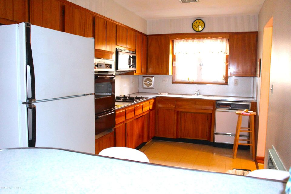 Single Family - Detached 57 Cuba Avenue  Staten Island, NY 10306, MLS-1115032-9