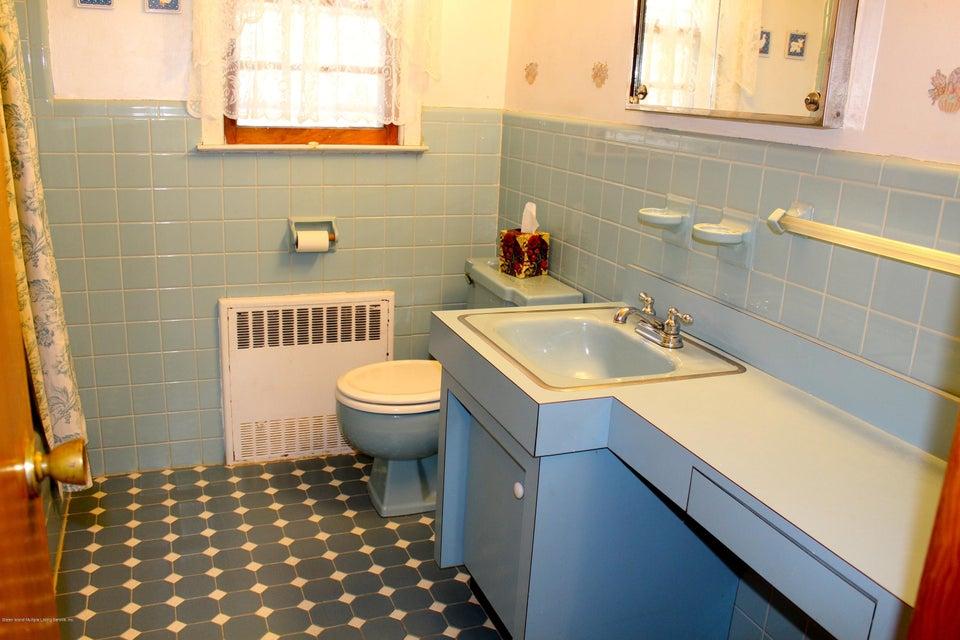 Single Family - Detached 57 Cuba Avenue  Staten Island, NY 10306, MLS-1115032-13