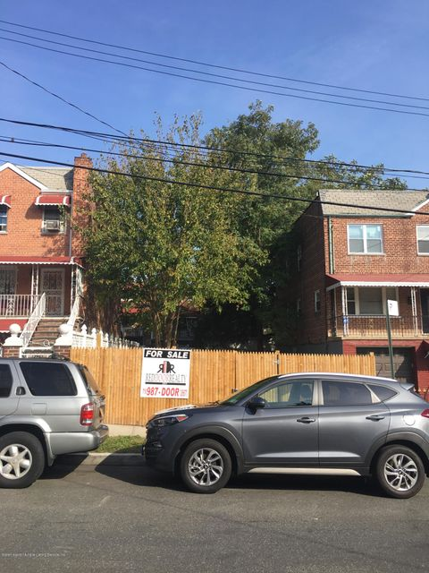 Land for Sale at 1131 East 219th Street Bronx, 10469 United States