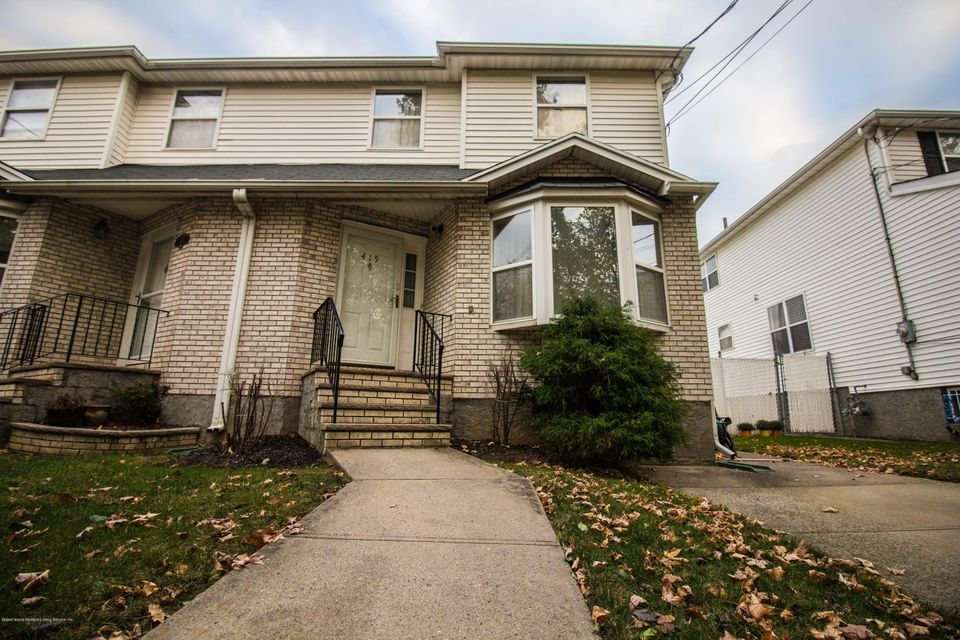 Single Family Home for Sale at 415 Winant Avenue Staten Island, New York 10309 United States