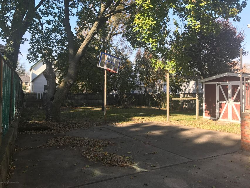 Additional photo for property listing at 40 Dehart Avenue  Staten Island, New York 10303 United States