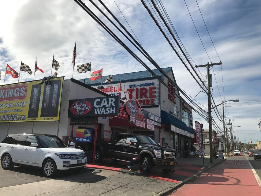 Additional photo for property listing at 2042 Hylan Boulevard  Staten Island, New York 10305 United States