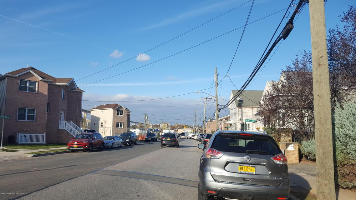 51 Nicholas Avenue,Staten Island,New York 10302,3 Bedrooms Bedrooms,6 Rooms Rooms,3 BathroomsBathrooms,Single family - detached,Nicholas,1115068