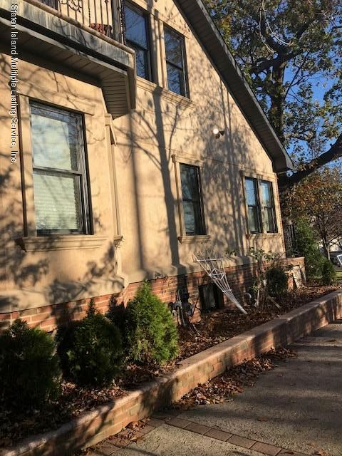 Additional photo for property listing at 42 Joline Avenue  Staten Island, New York 10307 United States