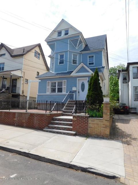 Additional photo for property listing at 30 Dongan Street  Staten Island, New York 10310 United States