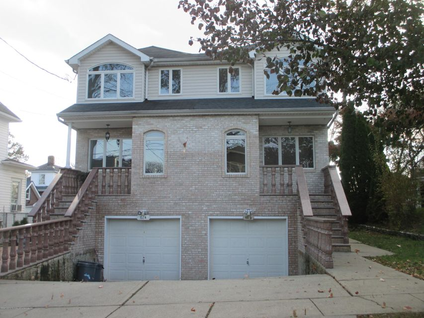 Single Family Home for Sale at 62 Bishop Street Staten Island, New York 10306 United States