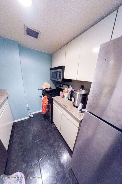 Additional photo for property listing at 755 Narrows Road  Staten Island, New York 10304 United States