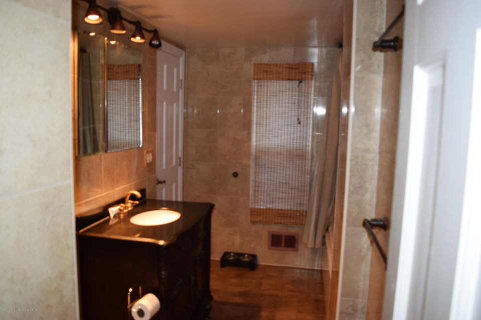 Additional photo for property listing at 43 Simonson Av  Staten Island, New York 10303 United States