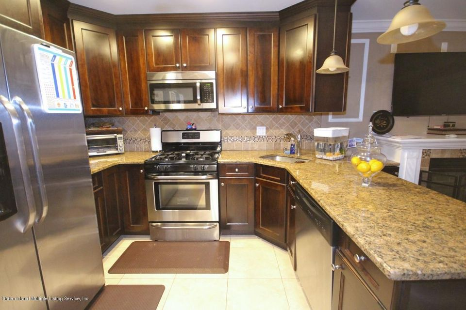 Additional photo for property listing at 153 Roswell Avenue  Staten Island, New York 10314 United States