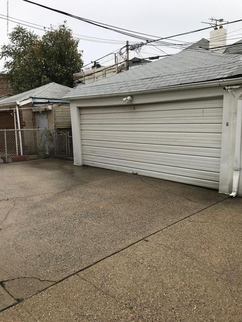 Additional photo for property listing at 2044 74th Street  Brooklyn, New York 11204 United States
