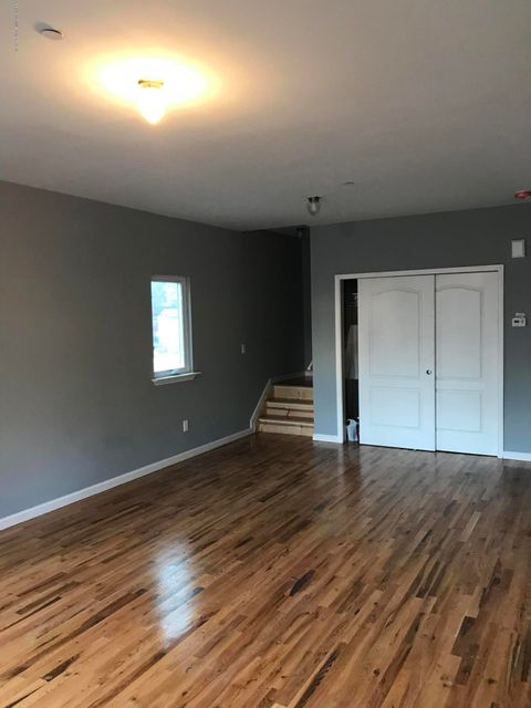 Additional photo for property listing at 147 Winter Avenue  Staten Island, New York 10301 United States