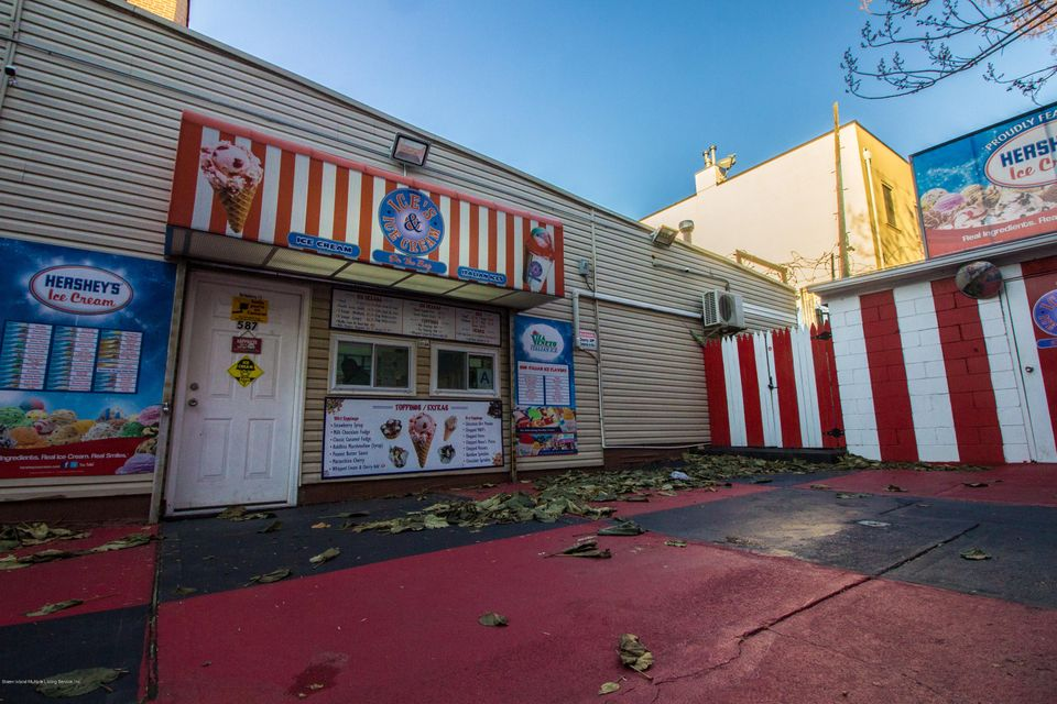 Additional photo for property listing at 587 Bay St  Staten Island, New York 10304 United States