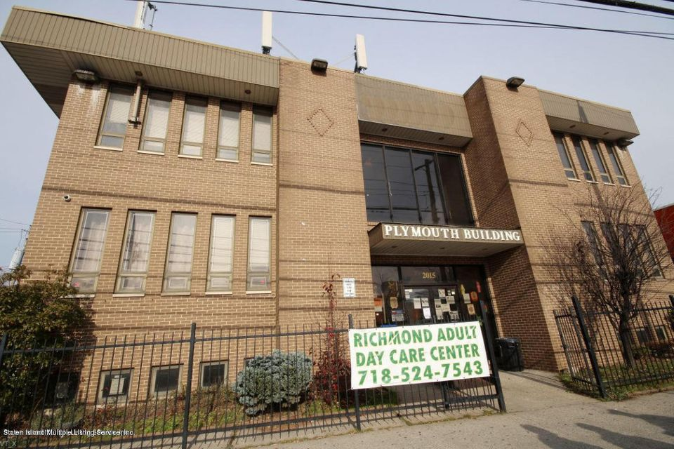 Commercial for Rent at 2015 Forest Avenue Staten Island, New York 10303 United States