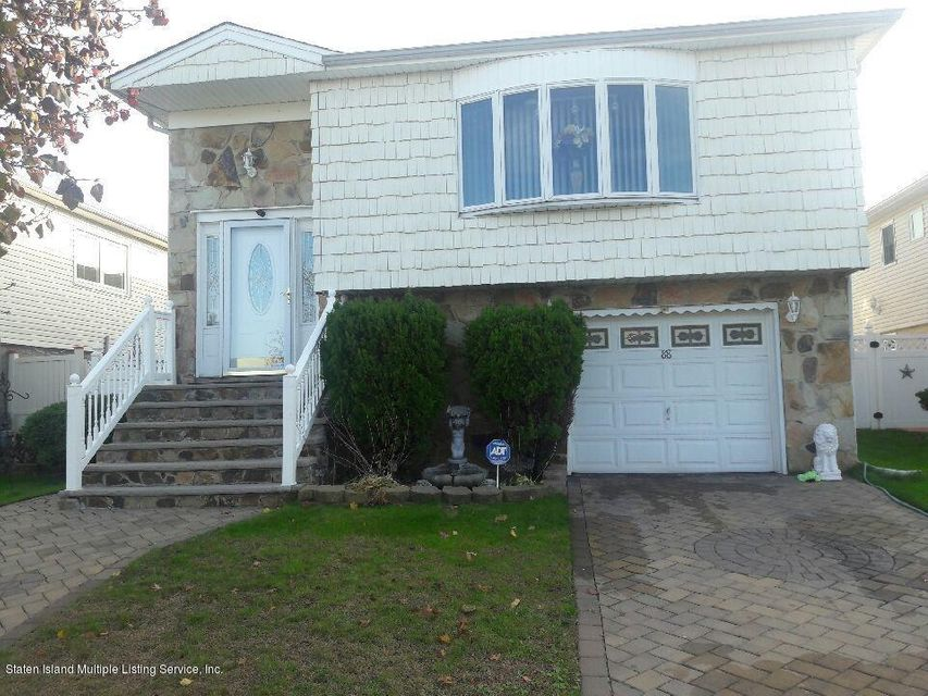 Single Family Home for Sale at 88 Berry Avenue Staten Island, New York 10312 United States