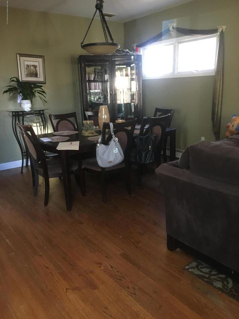 Two Family - Detached 286 Mallory Avenue  Staten Island, NY 10305, MLS-1115236-2