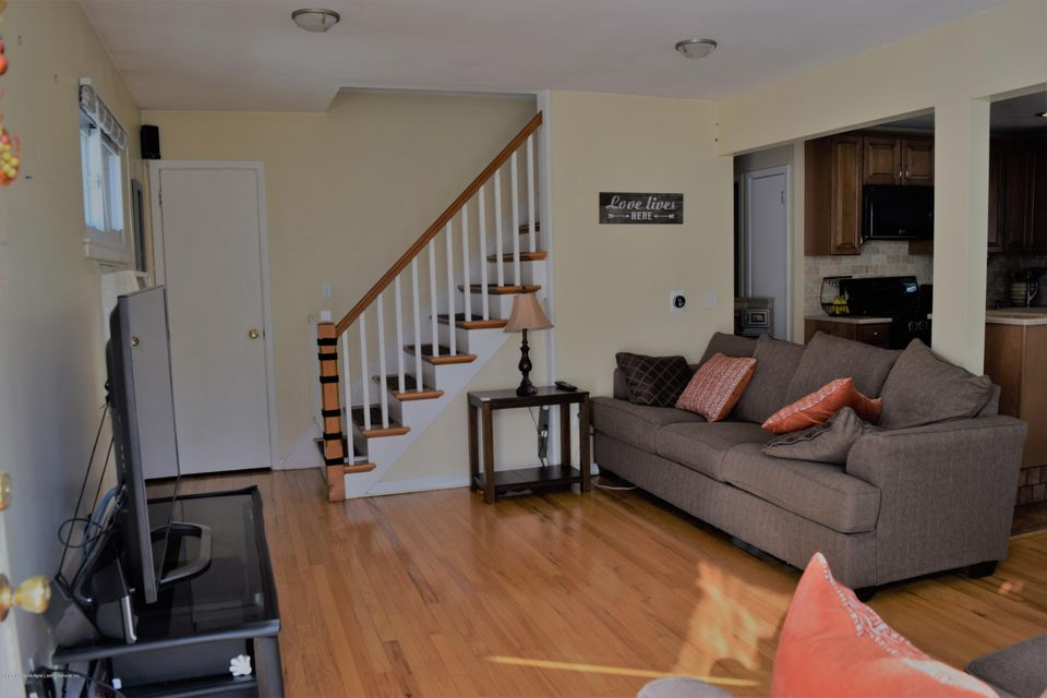 Single Family - Detached 19 Suffolk Avenue  Staten Island, NY 10314, MLS-1115221-5