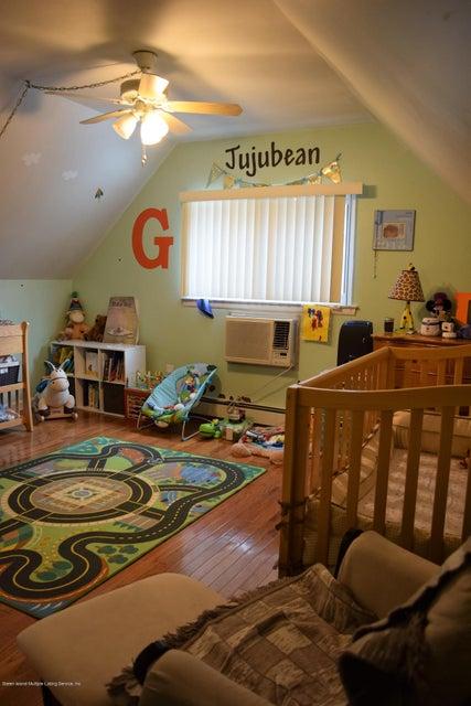 Single Family - Detached 19 Suffolk Avenue  Staten Island, NY 10314, MLS-1115221-17