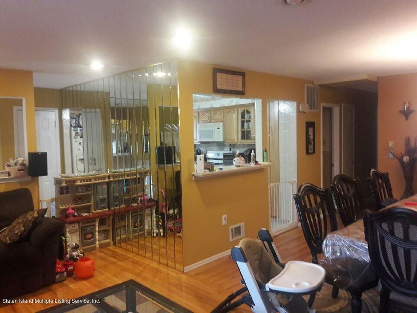 Additional photo for property listing at 88 Berry Avenue  Staten Island, New York 10312 United States
