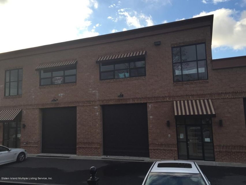 Commercial for Rent at 51 Winant Place Staten Island, New York 10309 United States