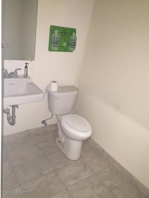 Additional photo for property listing at 51 Winant Place  Staten Island, New York 10309 United States