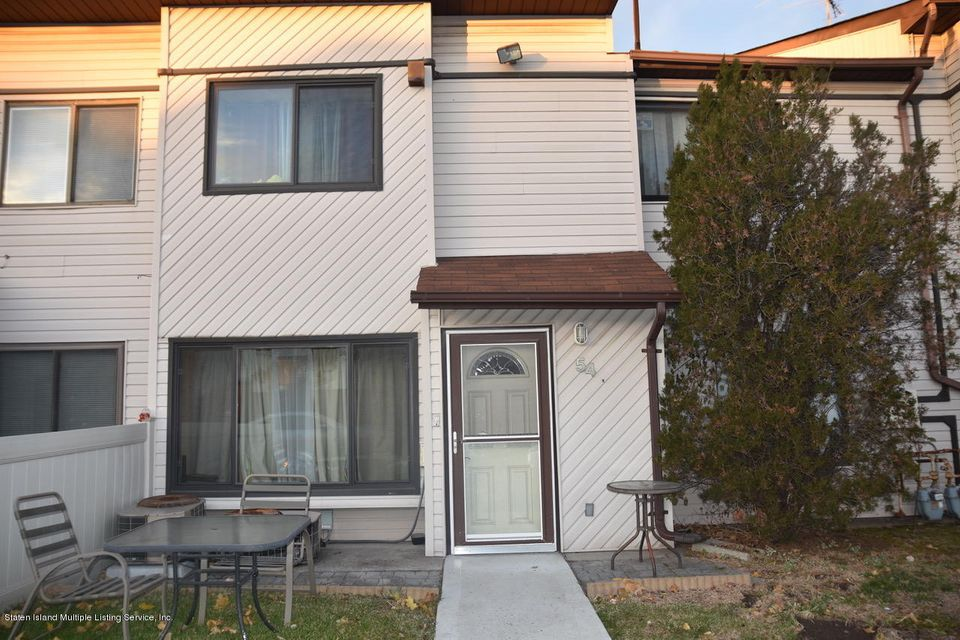 Single Family Home for Sale at 54 Selvin Loop Staten Island, New York 10303 United States
