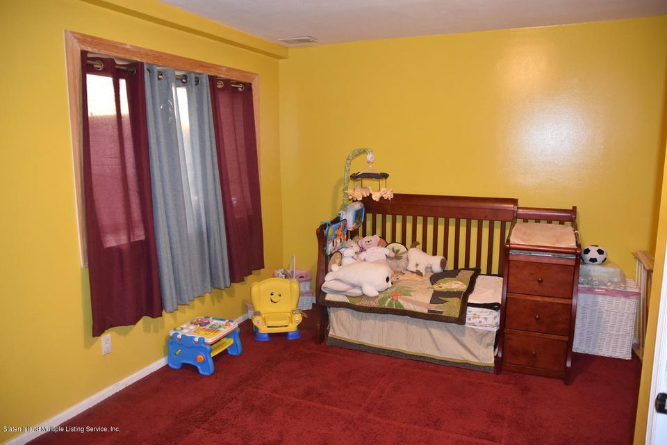 Additional photo for property listing at 54 Selvin Loop  Staten Island, New York 10303 United States
