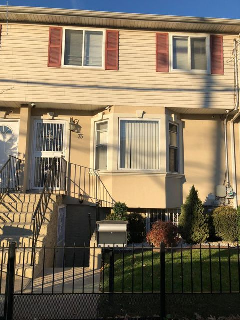 Additional photo for property listing at 75 Arlington Place  Staten Island, New York 10303 United States