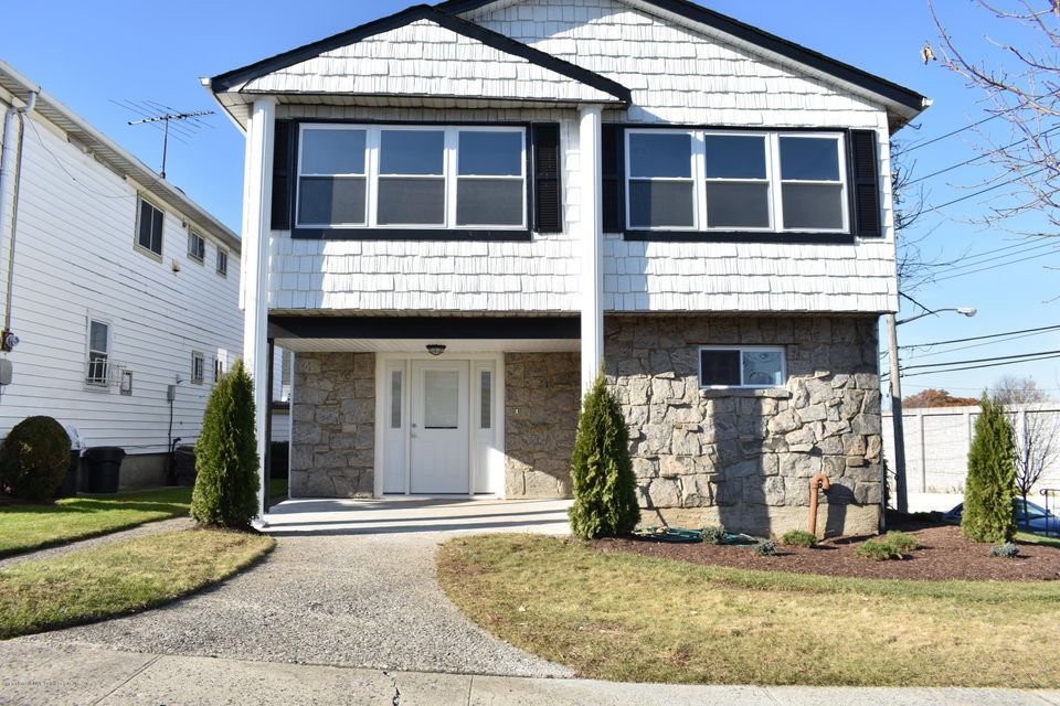 Single Family Home for Sale at 4 Melba Street Staten Island, New York 10314 United States