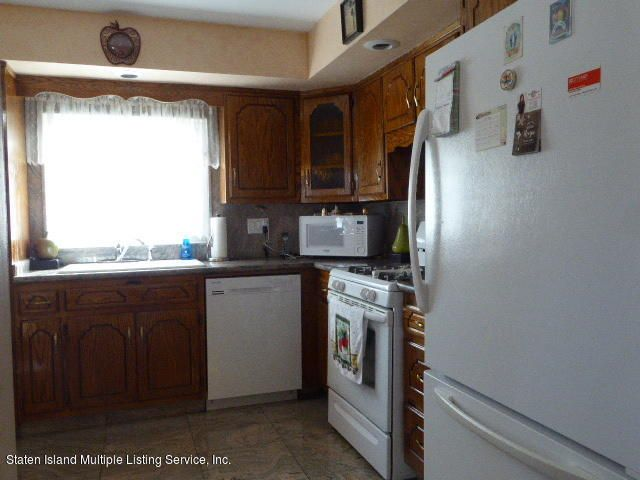 Additional photo for property listing at 312 Doane Avenue  Staten Island, New York 10308 United States