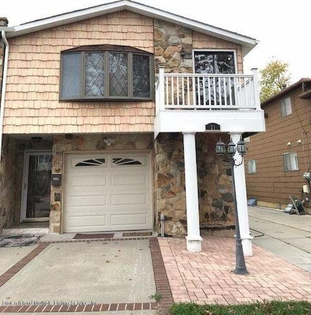 Single Family Home for Rent at 31 Bowling Green Place Staten Island, New York 10314 United States