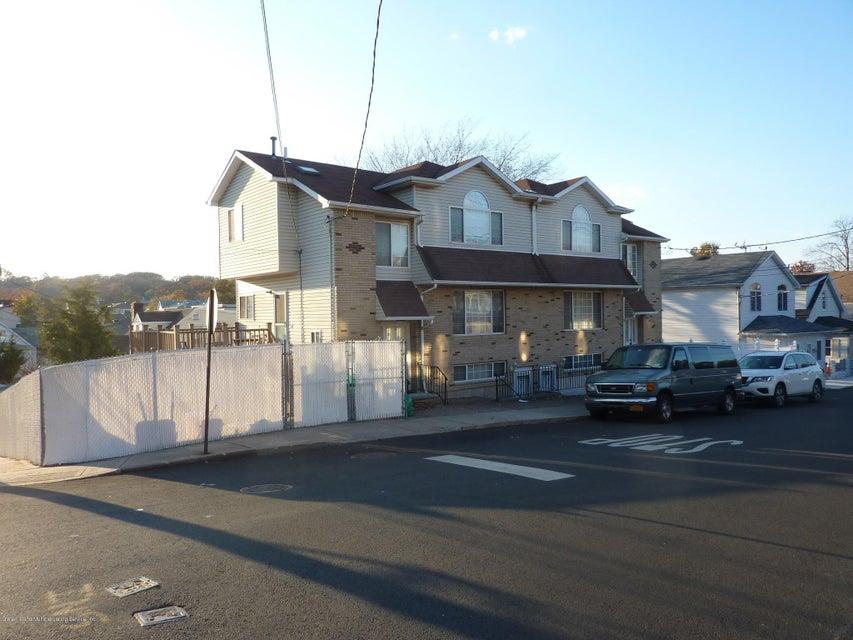 Single Family Home for Sale at 120 Seneca Avenue Staten Island, New York 10301 United States