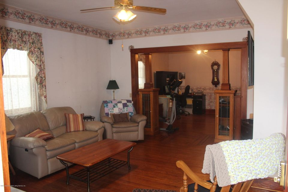 Two Family - Detached 20 Averill Place  Staten Island, NY 10307, MLS-1115344-4