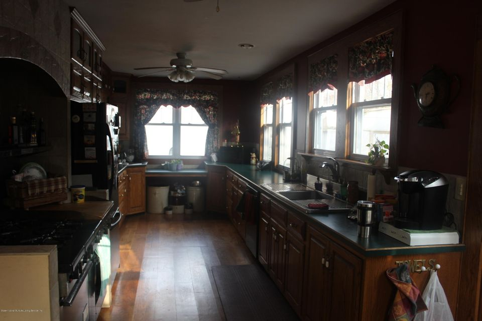 Two Family - Detached 20 Averill Place  Staten Island, NY 10307, MLS-1115344-9