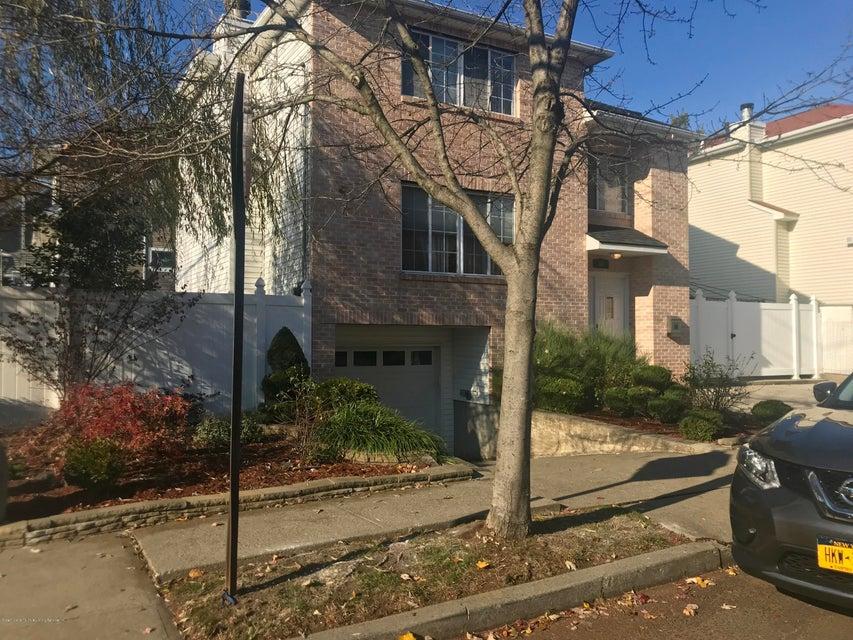 Single Family - Detached 68 Eltingville Boulevard  Staten Island, NY 10312, MLS-1115330-3