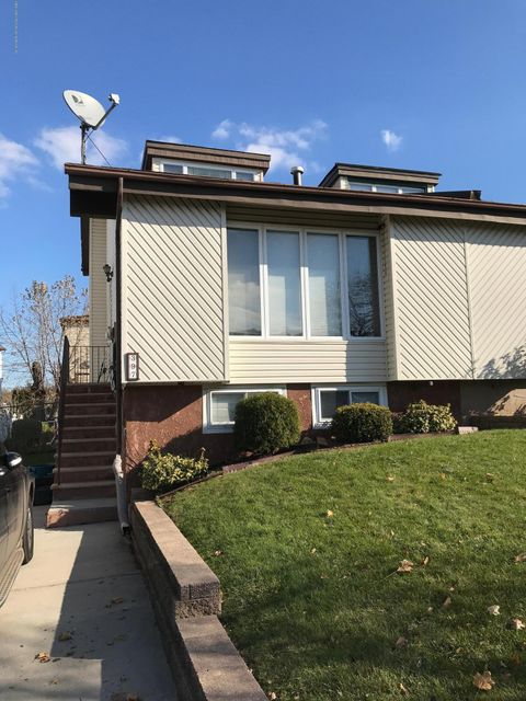 Single Family Home for Rent at 397 Brookfield Avenue Staten Island, New York 10308 United States