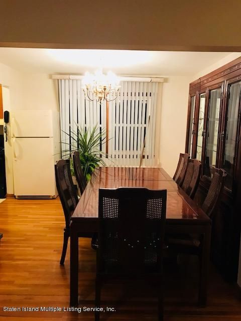 330 Clifton Avenue,Staten Island,New York 10305,3 Bedrooms Bedrooms,6 Rooms Rooms,1 BathroomBathrooms,Single family residence,Clifton,1115375