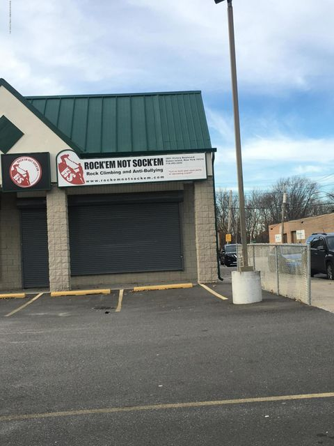 Commercial for Rent at 3801 Victory Boulevard Staten Island, New York 10314 United States