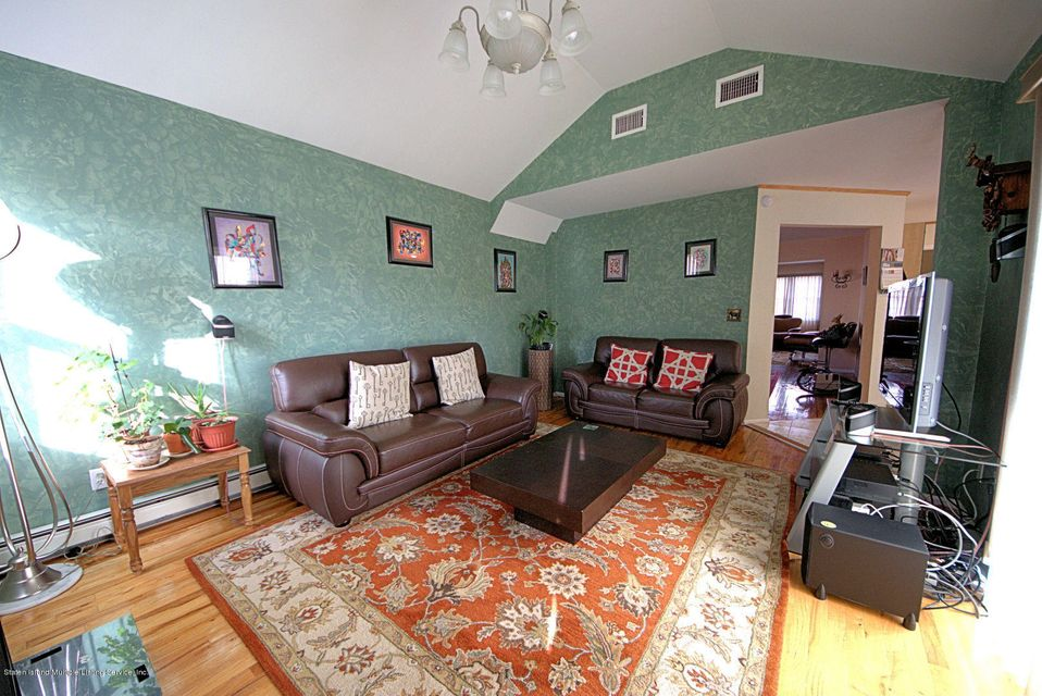 Single Family - Detached 14 Burbank Avenue  Staten Island, NY 10306, MLS-1115515-13