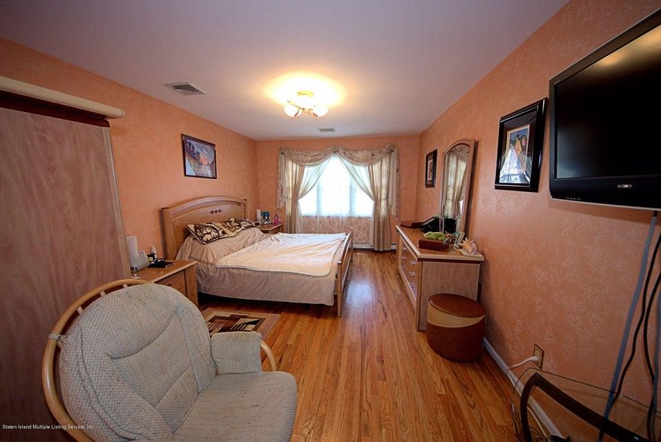 Single Family - Detached 14 Burbank Avenue  Staten Island, NY 10306, MLS-1115515-16