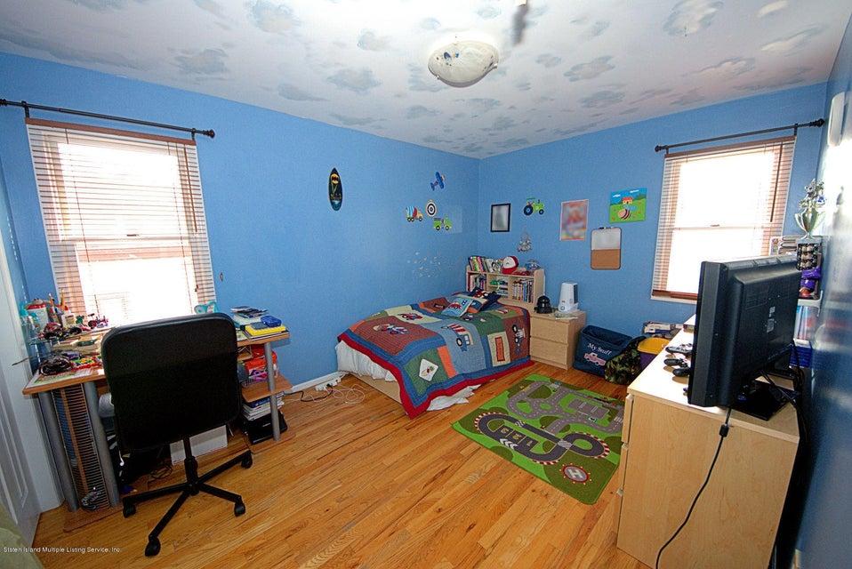 Single Family - Detached 14 Burbank Avenue  Staten Island, NY 10306, MLS-1115515-21