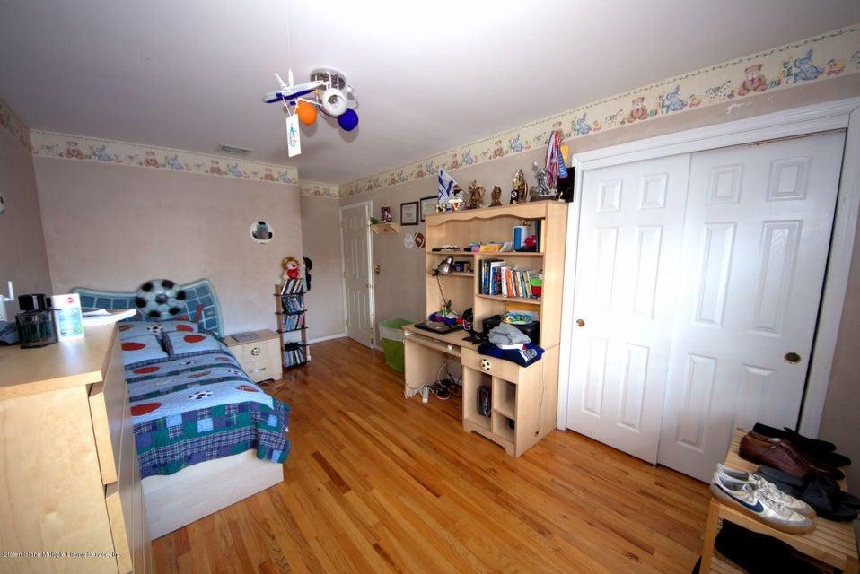 Single Family - Detached 14 Burbank Avenue  Staten Island, NY 10306, MLS-1115515-20