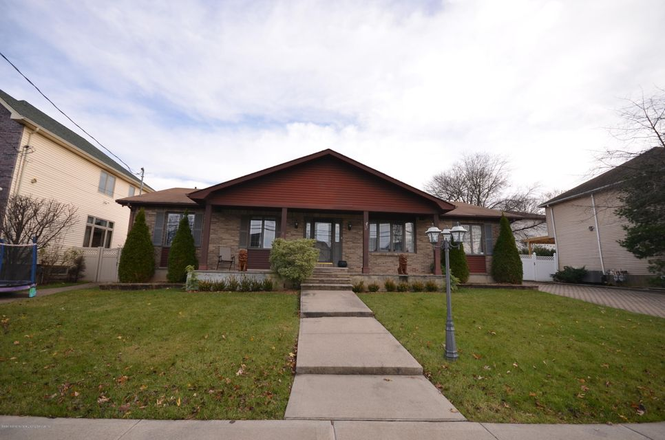 Single Family - Detached in Tottenville - 75 Carteret Street  Staten Island, NY 10307
