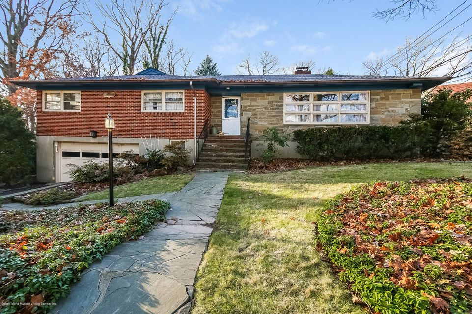 Single Family Home for Sale at 8 Inwood Road Staten Island, New York 10301 United States