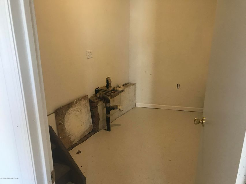 Additional photo for property listing at 3240 Richmond Terrace  Staten Island, New York 10303 United States